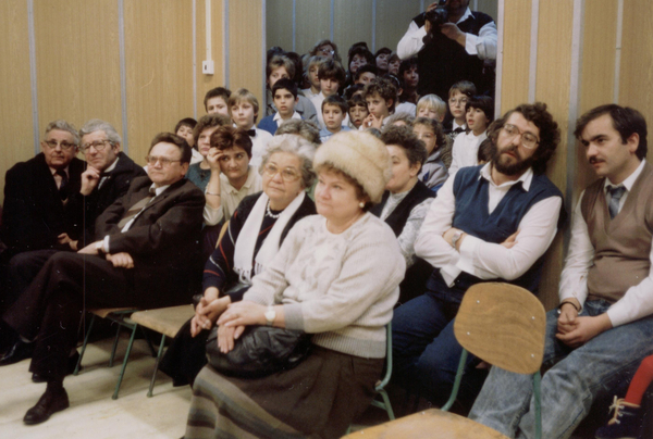1990, megnyitó Wilczek Jolán és Vilcsek Irén