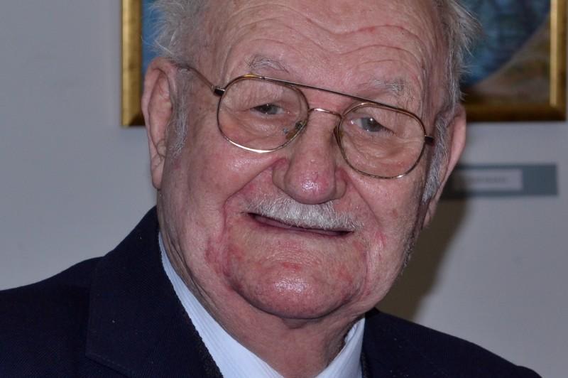 Nádasi László, élt 88 évet