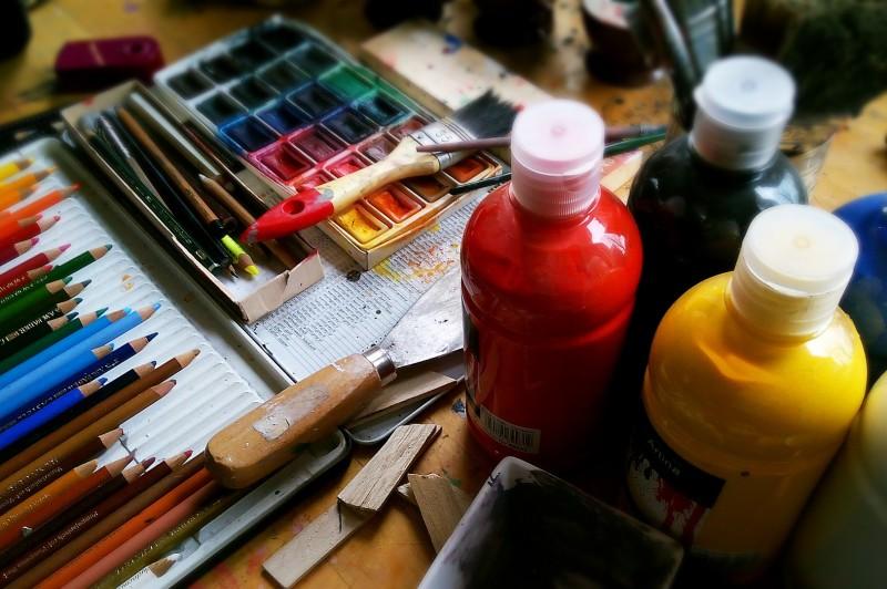 Gyermek és felnőtt festészeti kurzus indul a művelődési házban – videó!