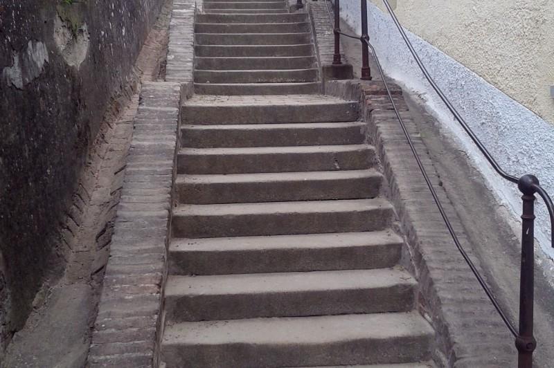 Rendbe lett téve a templomhoz vezető lépcső