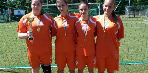 Kismarosi focista lányok a bajnok csapatban