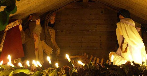 A karácsonykor megszülető gyermek, nem magányos Isten!