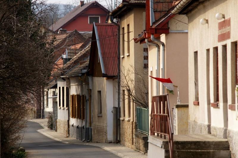 Homlokzatfelújítás pályázat indul ismét Kismaroson!